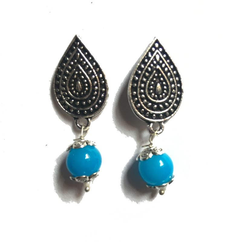 Leaf skyblue stud earrings