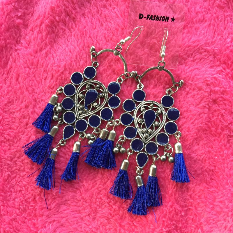 Frings trendy hook earrings -  Blue
