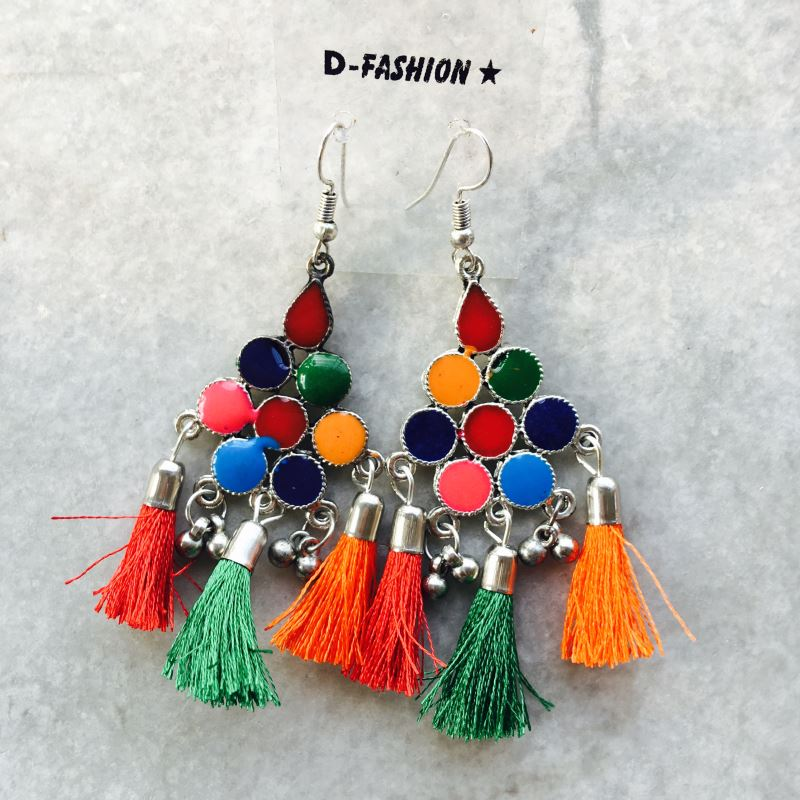 Colorfull frings hook earing