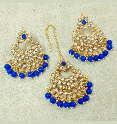 Mangtika with Earrings Blue
