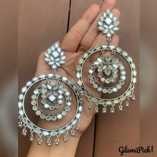 Earrings White Bids