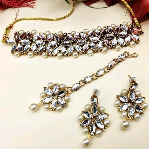 Alloy Kundan Choker Necklace Set